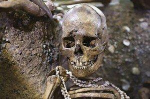 Adoucir la mort dans La MORT mort1-300x199