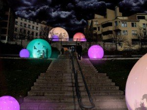 Monde en transformation dans SOCIETE boules-300x224