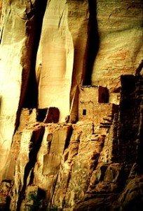 L'accélération du temps dans ASCENSION ruines-204x300